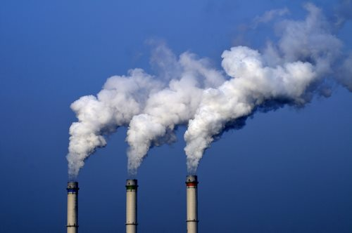 U.S. Carbon Emissions Fall to Nearly 20-Year Lows